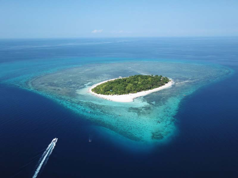 Mantigue Island Philippines